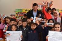 ORHAN GAZİ - Başkan Özcan'dan Çocuklara Karne Hediyesi