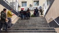 GAYRETTEPE - Motosiklet Sahiplerinin Korkulu Rüyası Haline Gelen Hırsızlık Çetesi Çökertildi