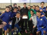 BUCA BELEDİYESİ - Buca Belediyespor'un Genç File Bekçisi Fenerbahçe'de