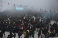 İREM DERİCİ - Kartepe'deki Kar Festivaline Vatandaşlar Akın Etti