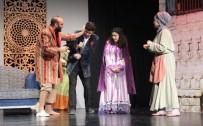 KAHKAHA - EBB Şehir Tiyatrosu'ndan Yeni Bir Oyun Daha Açıklaması Zoraki Tabip