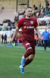 PROFESYONEL FUTBOL DISIPLIN KURULU - Zoran Kvrzic, İlk Maçında Kırmızı Kart Gördü