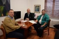 MUSTAFA KARACA - Anadolu Üniversitesi'nden Batı Avrupa Ve KKTC'de Tezsiz Yüksek Lisans Programları