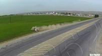 ARAZİ ARACI - Batman'da Trafik Kazaları Kameralara Yansıdı