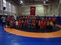 MİLLİ SPORCULAR - Geleceğin Güreşçileri Yozgat'ta Yetişiyor
