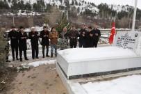 ŞEHİT BABASI - Şehit Yasin Çubuk'un Kabrine Ve Ailesine Ziyaret