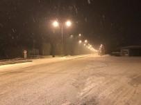 KARAYOLLARı GENEL MÜDÜRLÜĞÜ - Iğdır-Doğubayazıt Karayolunda Yoğun Kar Yağışı