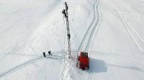YÜKSEK GERİLİM - 'Kar Kaplanları', Köyleri Elektriksiz Bırakmamak İçin Ölüme Meydan Okuyor