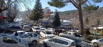YıLBAŞı - Karneyi Alan Bozdağ'a Akın Etti