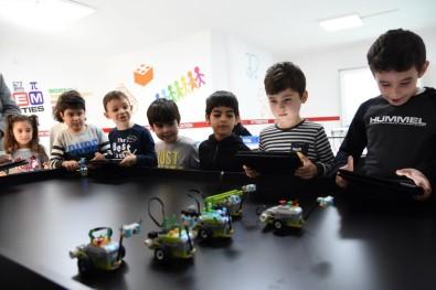 Edremit Belediyesi'nden Karne Hediyesi Robotik Kodlama Eğitimi