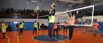 İMAM HATİP ORTAOKULU - Eğitim-Bir-Sen Voleybol Turnuvası Kazananı Belli Oldu