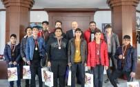 AVRUPA ŞAMPİYONU - Şampiyon Boksörlerden Başkan Atabay'a Ziyaret