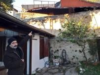 MUSTAFA KAPLAN - Adana'da Fırtına Çatıları Uçurdu