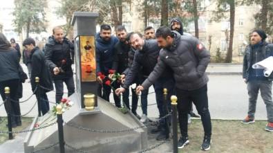 Diyarbakırspor'dan Ali Gaffar Okkan'a Karanfilli Anma