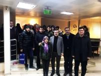 UĞUR AYDEMİR - Kırkağaç'ta Evleri Hasar Gören 40 Kişi, İzcilik Tesislerine Yerleştirildi