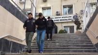 ZİYNET EŞYASI - Soydukları Evin Lambaları Yandı, Hırsızların Umrunda Bile Olmadı
