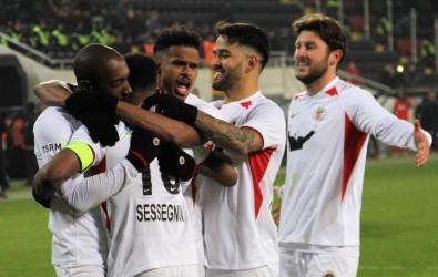 Süper Lig Açıklaması Gençlerbirliği Açıklaması 1 - Gaziantep FK Açıklaması 0 (Maç Sonucu)