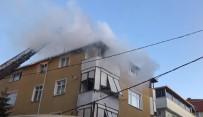 CIHANGIR - Avcılar'da Korkutan Yangın