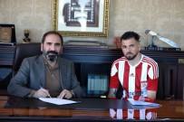 KOPENHAG - Claudemir, Sivasspor İle Resmi Sözleşmeyi İmzaladı