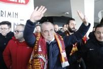 AHMET ÇALıK - Galatasaray, Konya'ya Geldi