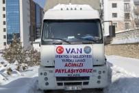 SİNAN ASLAN - İpekyolu Belediyesi'nden Elazığ'a Yardım Kamyonu