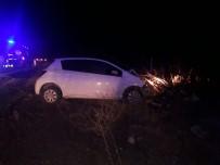 Otomobil Şarampole İndi Açıklaması 8 Yaralı