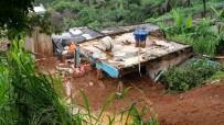 TOPRAK KAYMASI - Brezilya'da Sel Ve Heyelanda Ölenlerin Sayısı 30'A Yükseldi