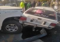İSLAMABAD - Pakistan'da ABD Konsolosluk Aracı Kaza Yaptı Açıklaması 2 Ölü, 4 Yaralı