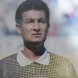 MERKEZ HAKEM KURULU - Vanlı Futbol Hakemlerinden Elazığ İçin Seferber