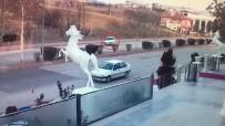 ŞIRINEVLER - Lastiği Patlayan Otomobilin Kaza Anı Kamerada