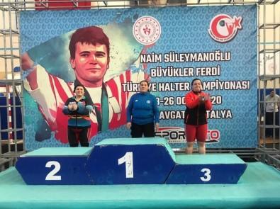 Naim Süleymanoğlu Halter Şampiyonası'nda Gaziantep Rüzgarı