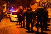 KANUNİ SULTAN SÜLEYMAN - Yabancı Uyruklu İki Grup Arasında Çıkan Bıçaklı Kavgada 3 Kişi Yaralandı