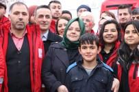 FETHİ SEKİN - Aile Bakanı Selçuk, Depremzedelerle Bir Araya Geldi