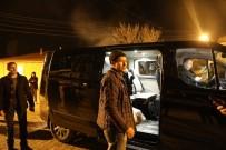 MEHMET EMIN AY - Belediye Başkanı Makam Aracını Depremzedelere Tahsis Etti