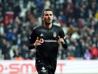 FEYENOORD - Beşiktaş, Oğuzhan'ı Feyenoord'a Kiraladı