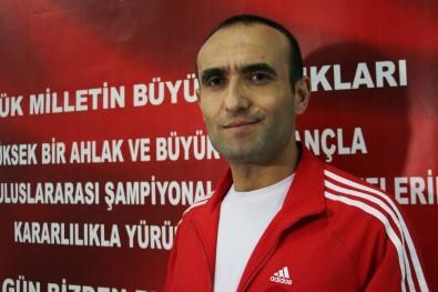 Antrenör Altınyurt Açıklaması '61 Kilo Sıkletinde Yeni Bir Naim Süleymanoğlu Doğuyor'