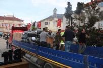 DEPREM BÖLGESİ - Ayancık'tan Depremzedelere Yardım Eli