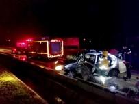 MEHMET ERDEM - Seydikemer'de Trafik Kazası; 1 Ölü, 4 Yaralı