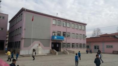 Kula'da Deprem Riski Taşıyan Okul Öğrencileri İkili Eğitime Geçiyor