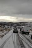 Mazıdağı Ve Derik'te Kar Yağışı Hayatı Olumsuz Etkiledi