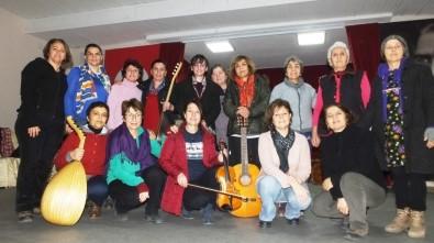 Burhaniye'de Kadın Tiyatrocular Kadınlar İçin Oynayacak