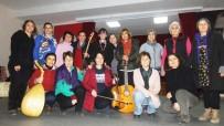 KAYALı - Burhaniye'de Kadın Tiyatrocular Kadınlar İçin Oynayacak