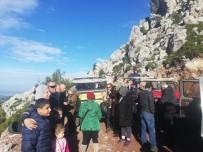GÖZLEME - Arap Turistler Marmaris'in Dağlarını Gezdiler