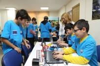 NEJAT UYGUR - Büyükçekmeceli Çocuklara 'Robotik Kodlama' Eğitimi