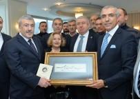 İSTANBUL EMNIYET MÜDÜRÜ - Emekli Polis Memurundan 'Aşk-I Hat' Sergisi