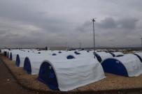 İNSANI YARDıM VAKFı - Türkiye Sınırı Yakınlarına Göç Eden Sivillere Yardım Eli