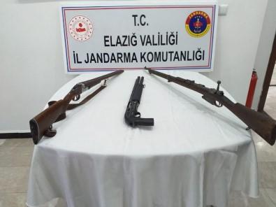 Elazığ'da Jandarma, Biri Keskin Nişancı Tüfeği 3 Silah Ele Geçirdi