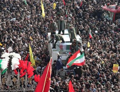 Kasım Süleymani'nin cenazesinde izdiham: 35 ölü