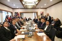 AVRUPA ŞAMPİYONU - Kemer'de Yeni Yılın İlk Meclisi Yapıldı