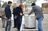 CUMHURIYET ÜNIVERSITESI - Sivas Belediyesinden Öğrencilere Çorba İkramı